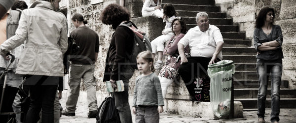 Paris People – Waiting by the Seine