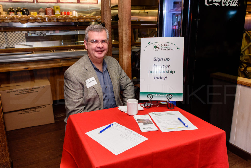 Checking people in at the Bellaire Business Association January 19, 2017 Breakfast   20170119-BBA-GeorgeWashingtonLecture-007.dng  Houston Editorial Photographer Dee Zunker