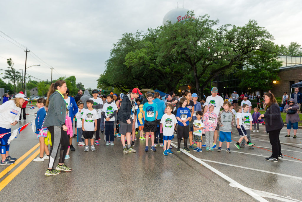 20180414-BellaireTrolleyRun-026.DNG  Houston Editorial Photographer Dee Zunker