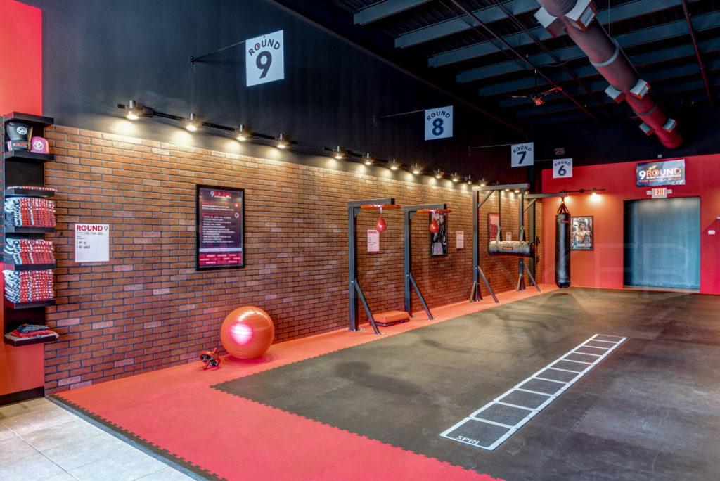 9Round-30-min-kickbox-fitness-003.jpg  Houston Commercial Photographer Dee Zunker