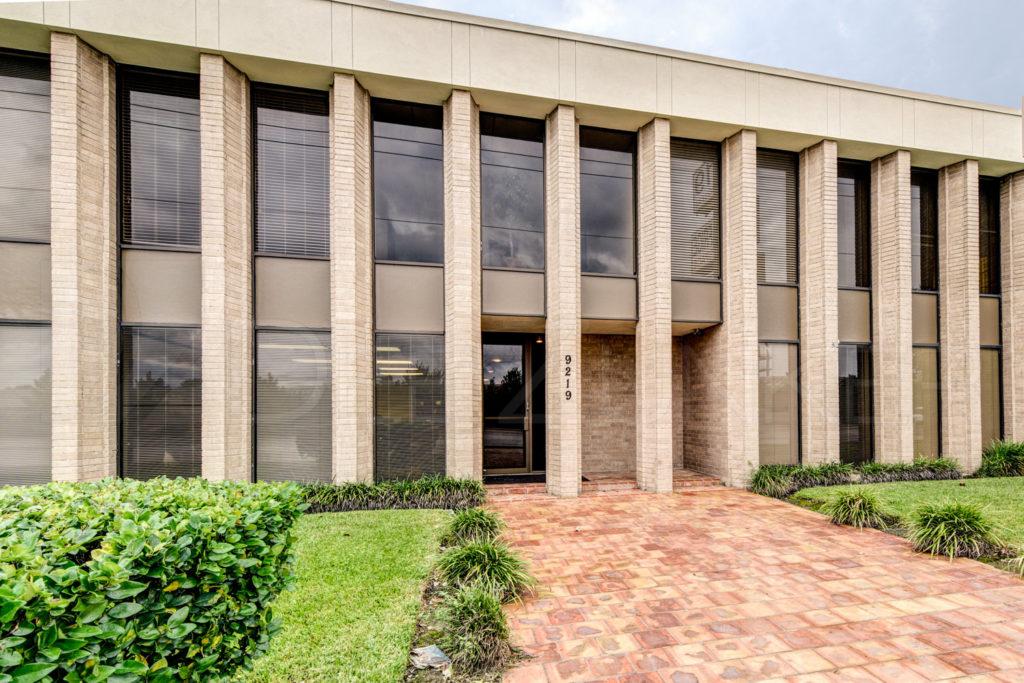 A-Mobile-Bail-Bond-001.tif  Houston Commercial Photographer Dee Zunker
