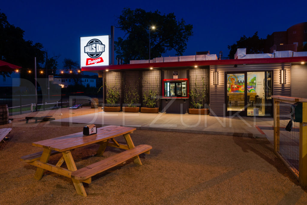 Balls Out Burger - Burgers, Patio, Beer, Wine   BallsOutBurger-002.psd  Houston Commercial Architectural Photographer Dee Zunker
