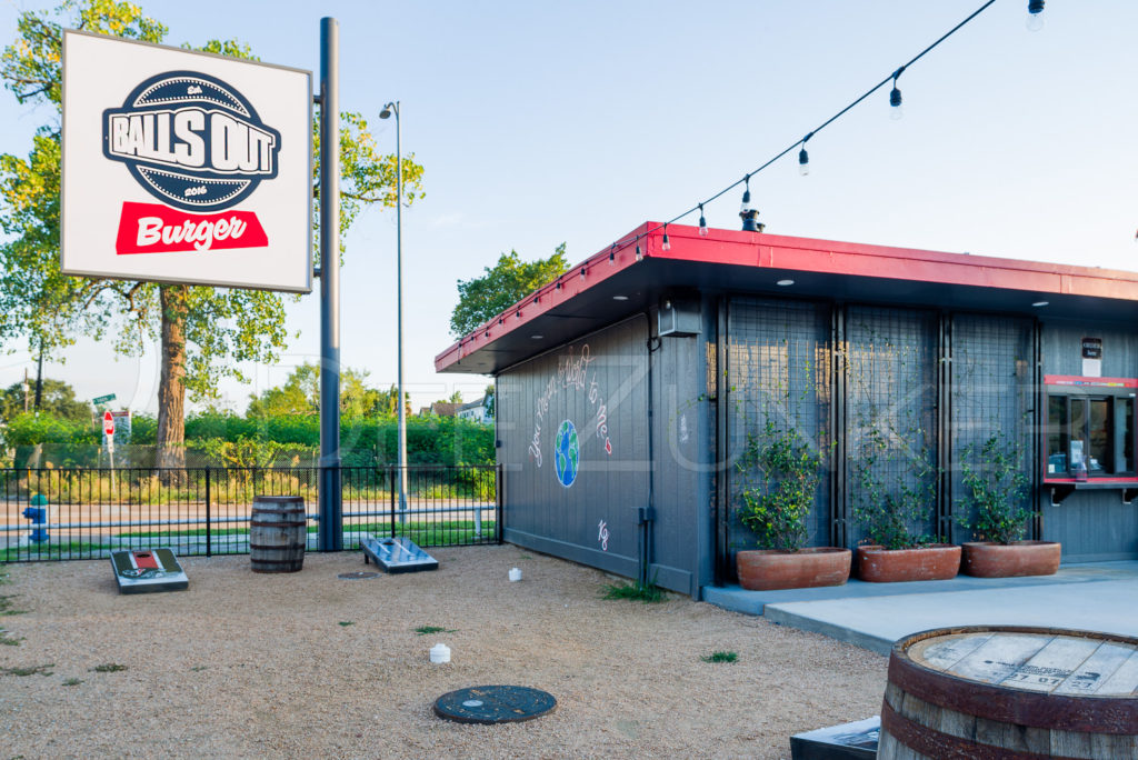 Balls Out Burger - Burgers, Patio, Beer, Wine   BallsOutBurger-009.psd  Houston Commercial Architectural Photographer Dee Zunker
