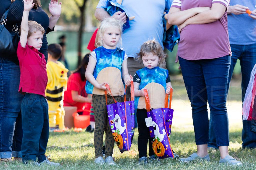 Bellaire-PumpkinHunt-20171026-057.NEF  Houston Editorial Photographer Dee Zunker