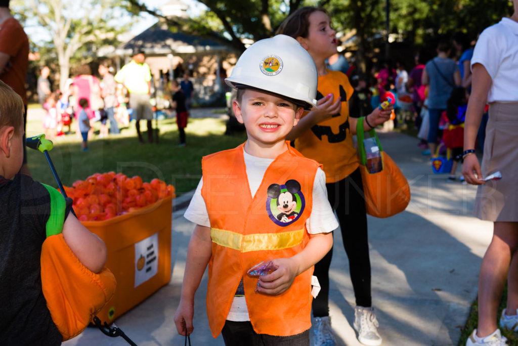 Bellaire-PumpkinHunt-20171026-084.NEF  Houston Editorial Photographer Dee Zunker