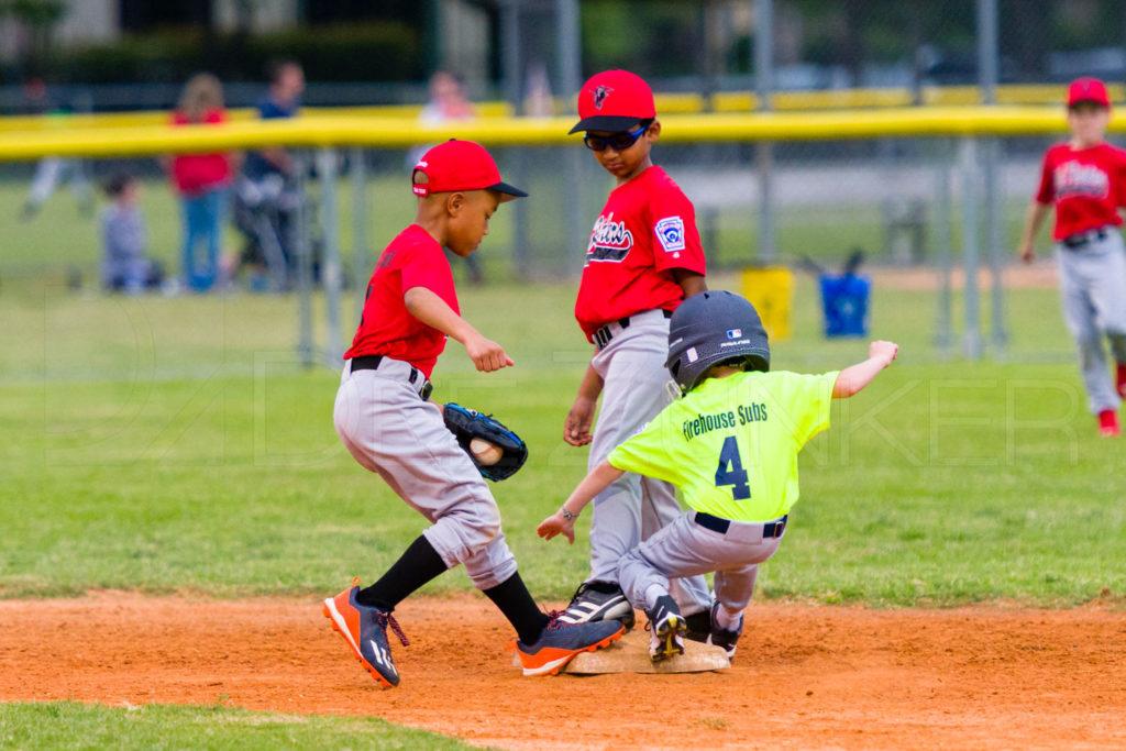 BellaireLL-20180405-Texas-YellowJackets-Raiders-034.DNG  Houston Sports Photographer Dee Zunker