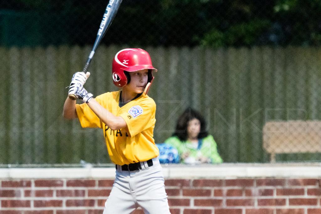BellaireLL-20180406-Majors-Astros-Pirates-Tiras-011.DNG  Houston Sports Photographer Dee Zunker