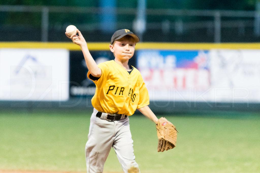 BellaireLL-20180406-Majors-Astros-Pirates-Tiras-020.DNG  Houston Sports Photographer Dee Zunker