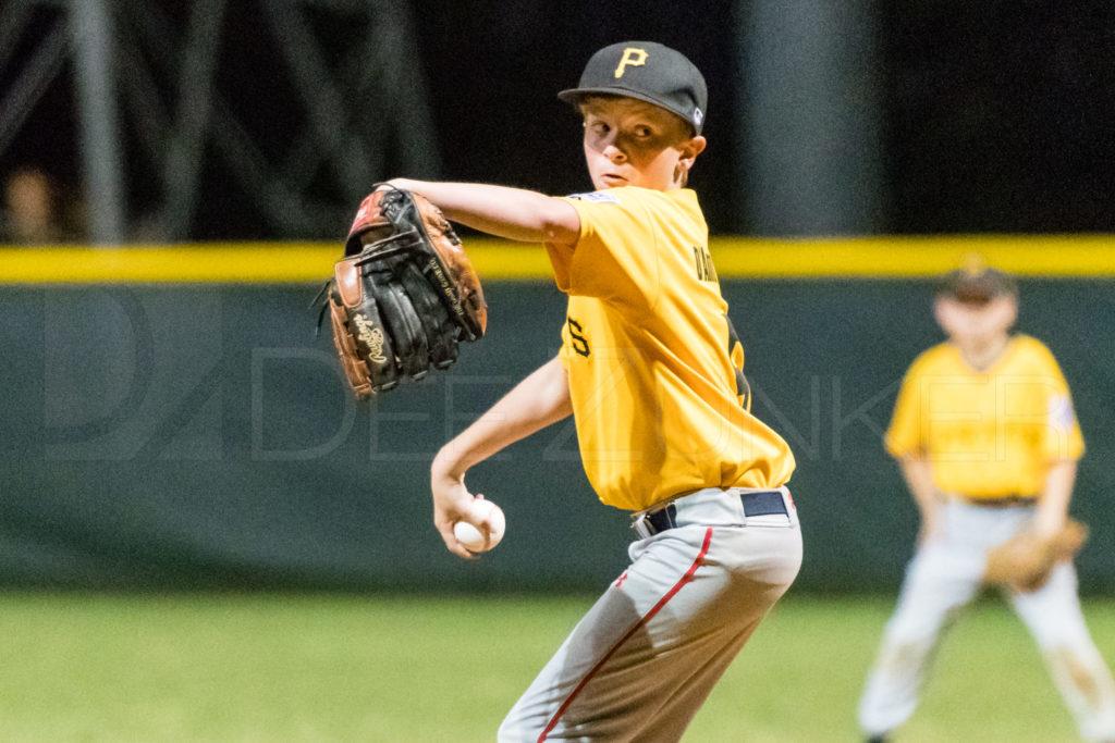 BellaireLL-20180406-Majors-Astros-Pirates-Tiras-065.DNG  Houston Sports Photographer Dee Zunker