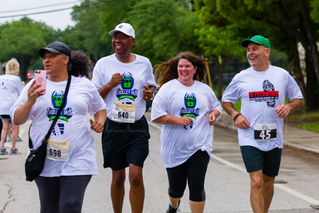 BellaireTrolleyRun2019-1736_5003972.NEF  Houston Editorial Photographer Dee Zunker