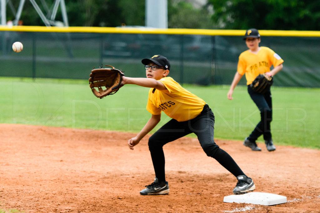 BLL-Majors-Pirates-Redsox-20170417-032.dng  Houston Sports Photographer Dee Zunker