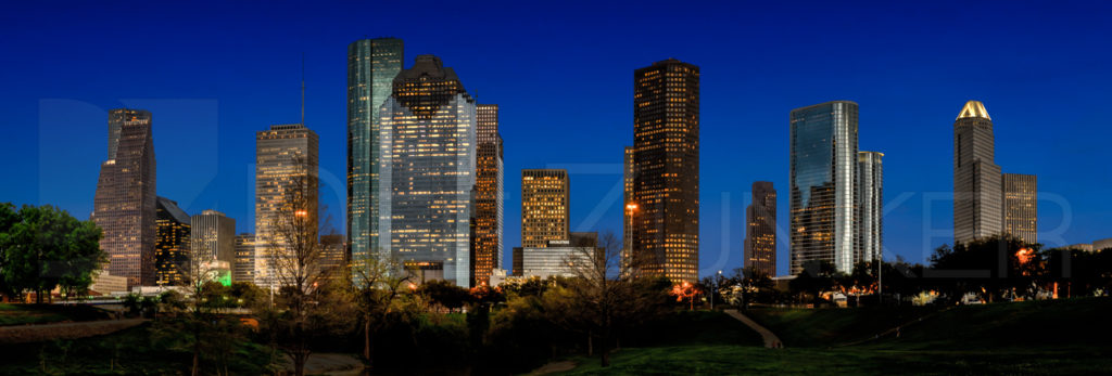 Houston Skyline  Houston_Skyline_BlueSky.psd  Houston Commercial Architectural Photographer Dee Zunker