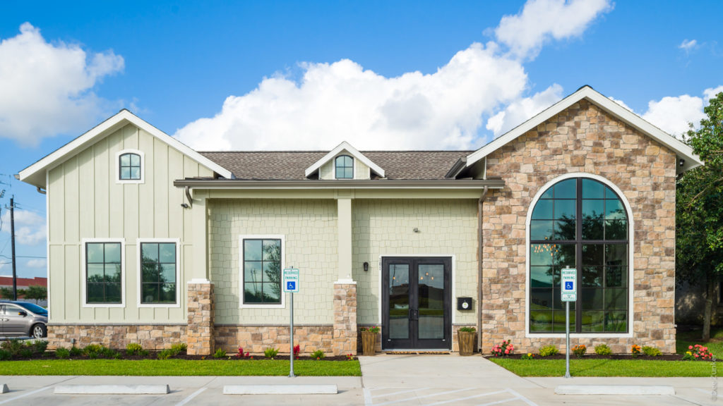 Front Exterior at Lake Jackson Orthodontics  LakeJacksonOthrodontics-Professional-Photography-002.NEF  Houston Commercial Architectural Photographer Dee Zunker