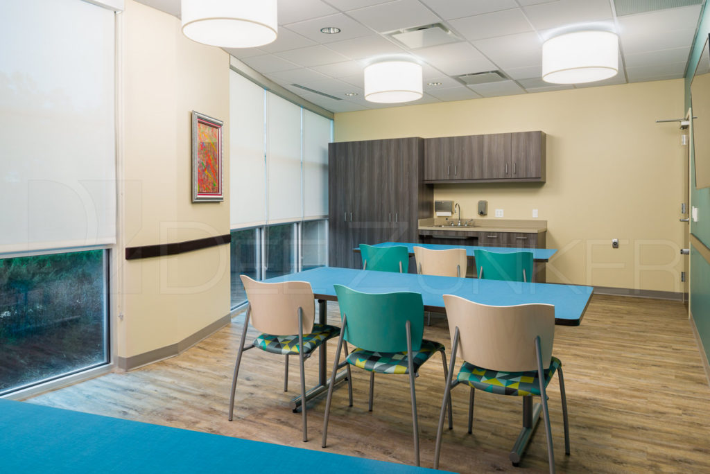 Art Room Lakeview Health - The Woodlands TX  Lakeview-201801-013.psd  Houston Commercial Photographer Dee Zunker
