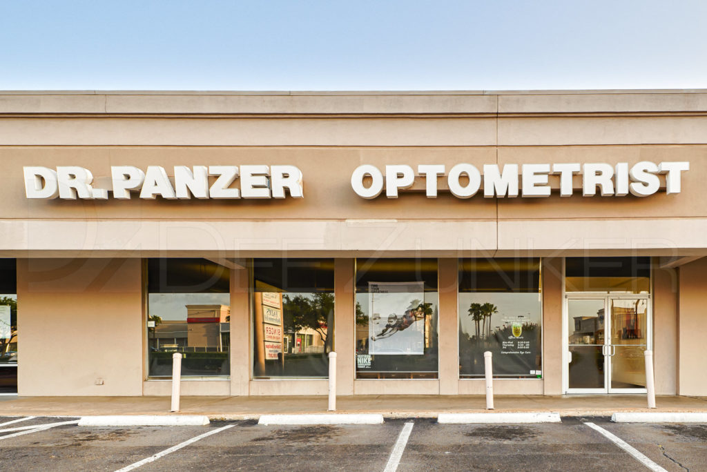 Dr. Panzer Optometrist  Panzer_POI_001.psd  Houston Commercial Architectural Photographer Dee Zunker