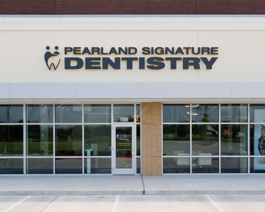 Pearland Signature Dentistry - Dentist Near Me  PearlandSignatureDentistry-001.psd  Houston Commercial Architectural Photographer Dee Zunker