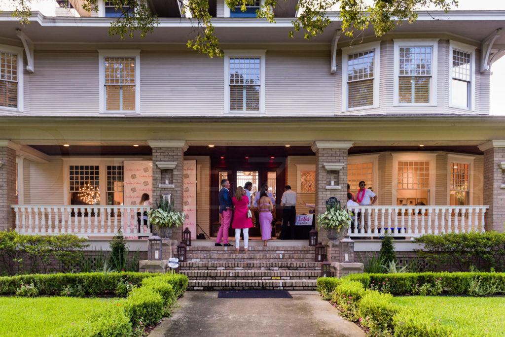 Pink-n-White-Night-LeadingLadies-20170726-001.NEF  Houston Commercial Photographer Dee Zunker
