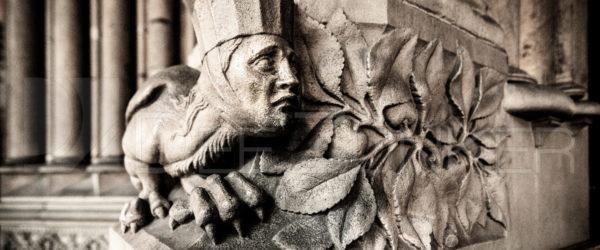 Paris Sainte Chapelle – Guarding the Entrance