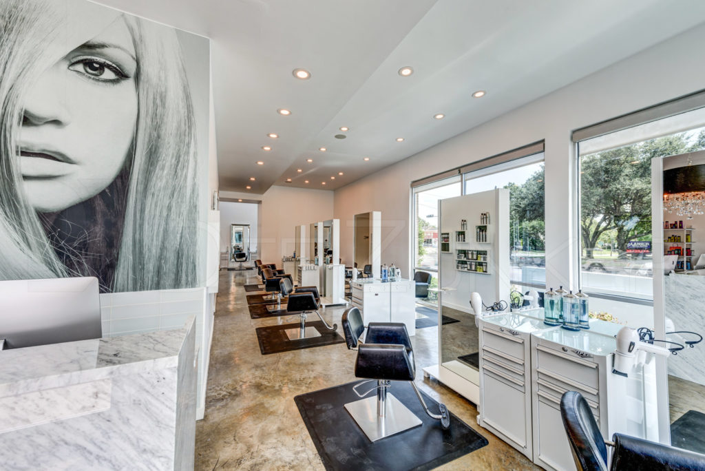 Upper-Hand-Salon-Houston-Hyde-Park-006.jpg  Houston Commercial Architectural Photographer Dee Zunker
