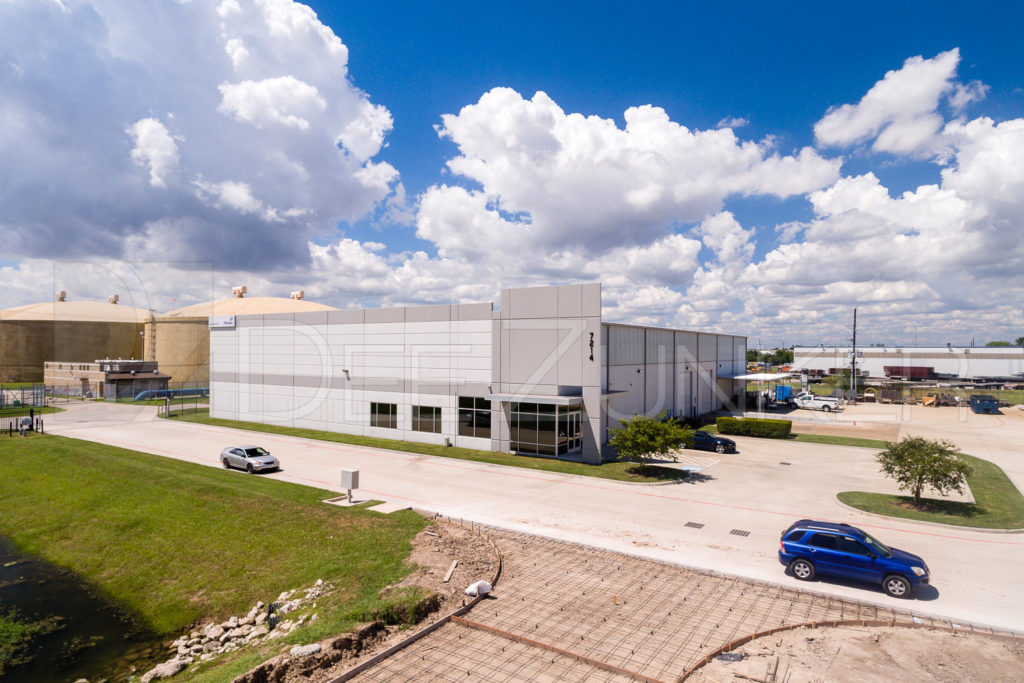 201808-UE-HarmsBusinessPark-013.DNG  Houston Commercial Architectural Photographer Dee Zunker
