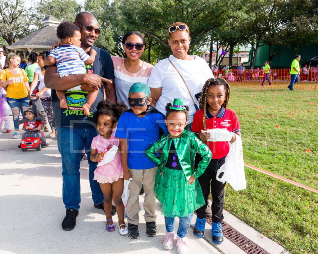 1799-CItyBellaire-PumpkinHunt-2019-014.NEF  Houston Commercial Architectural Photographer Dee Zunker