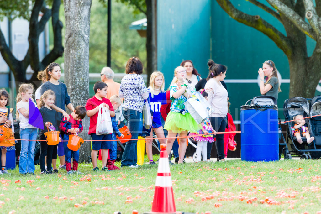 1799-CItyBellaire-PumpkinHunt-2019-018.NEF  Houston Commercial Architectural Photographer Dee Zunker