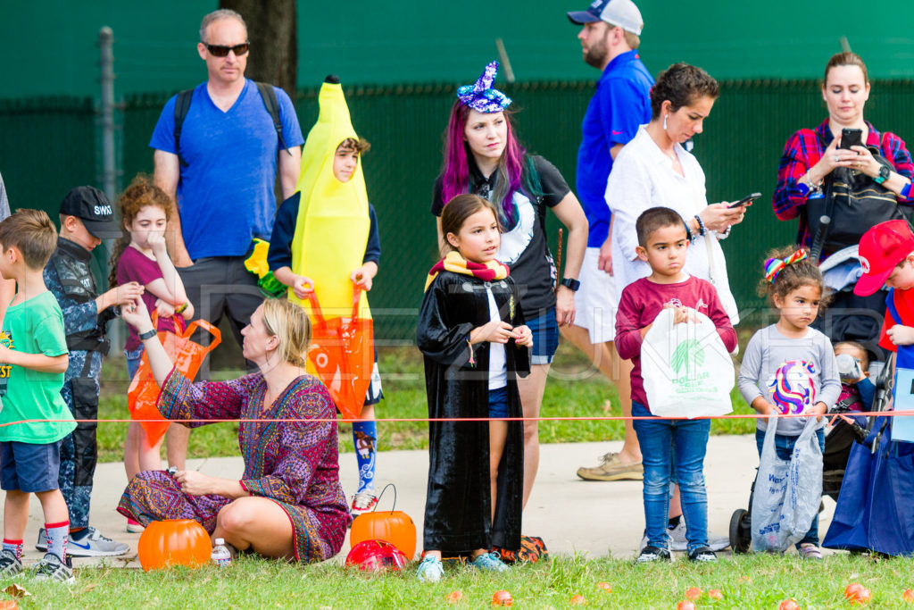 1799-CItyBellaire-PumpkinHunt-2019-033.NEF  Houston Commercial Architectural Photographer Dee Zunker