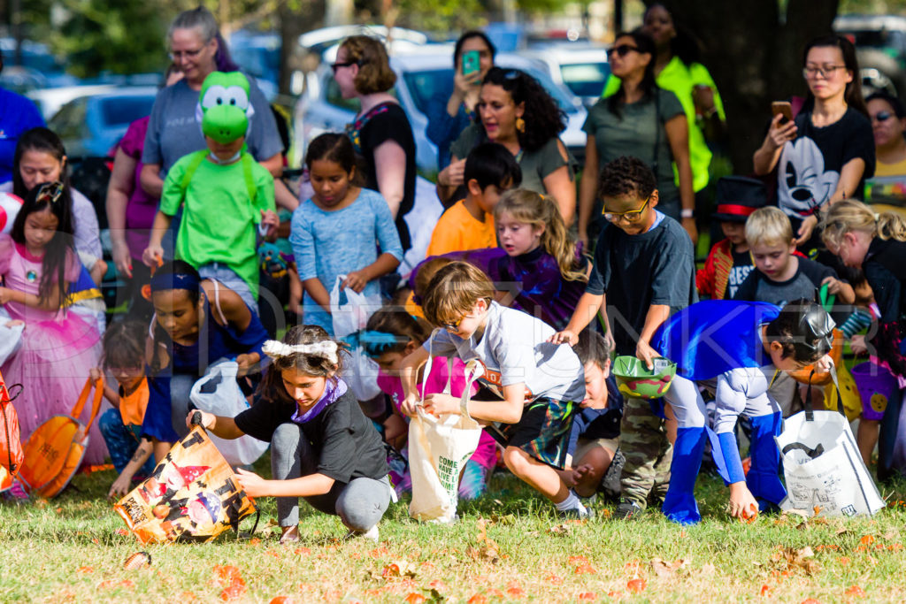 1799-CItyBellaire-PumpkinHunt-2019-055.NEF  Houston Commercial Architectural Photographer Dee Zunker