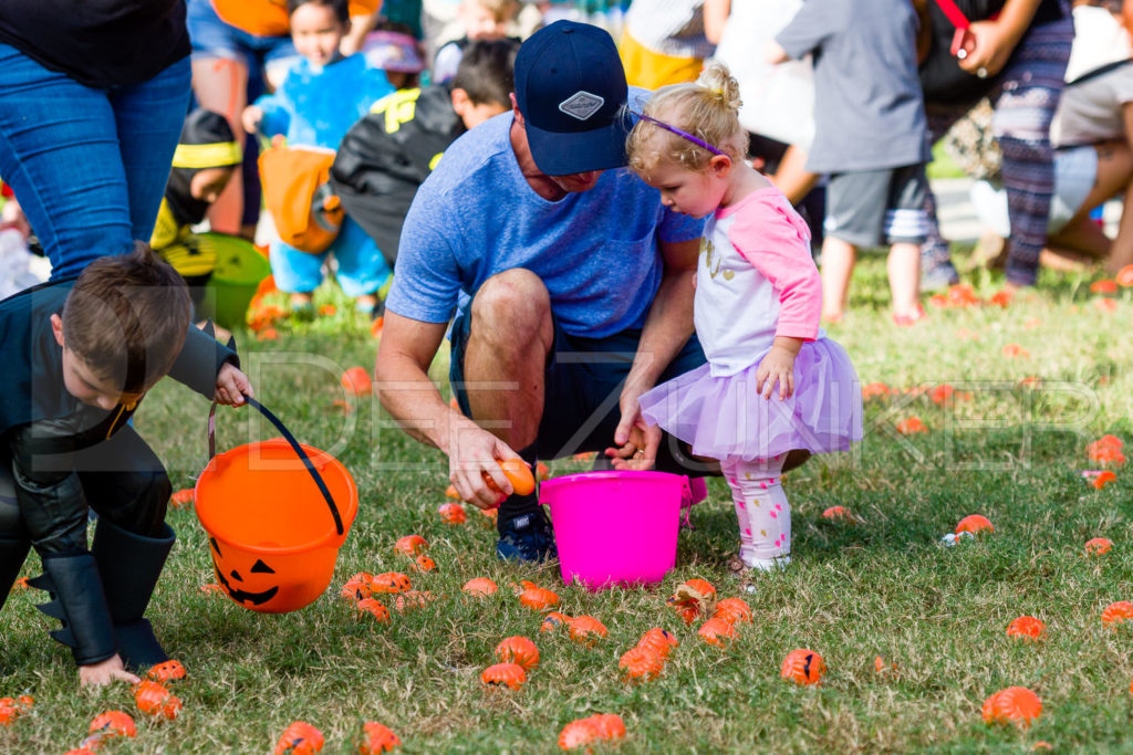1799-CItyBellaire-PumpkinHunt-2019-057.NEF  Houston Commercial Architectural Photographer Dee Zunker