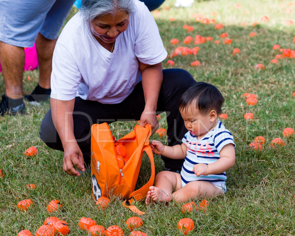 1799-CItyBellaire-PumpkinHunt-2019-064.NEF  Houston Commercial Architectural Photographer Dee Zunker