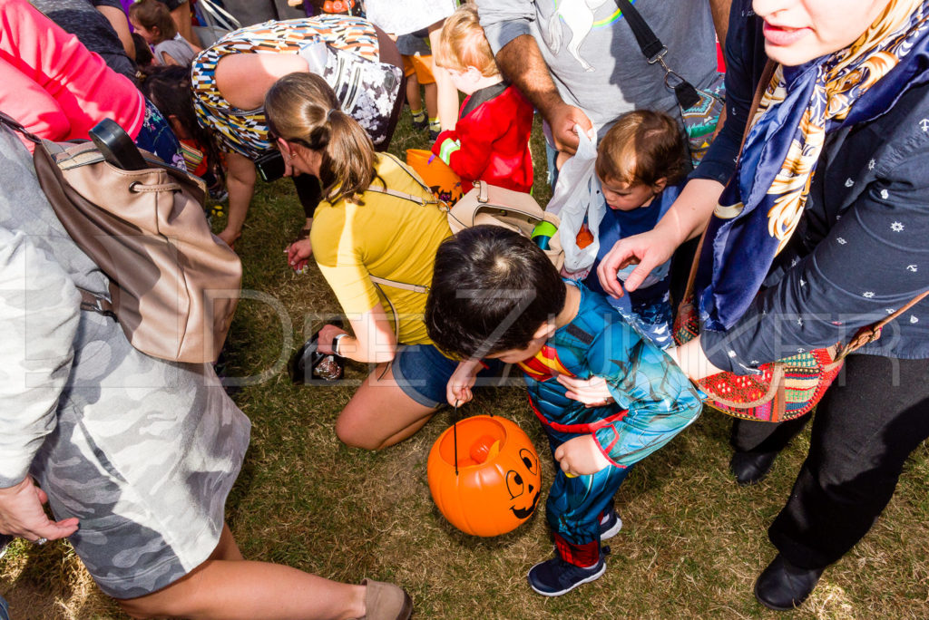 1799-CItyBellaire-PumpkinHunt-2019-065.NEF  Houston Commercial Architectural Photographer Dee Zunker