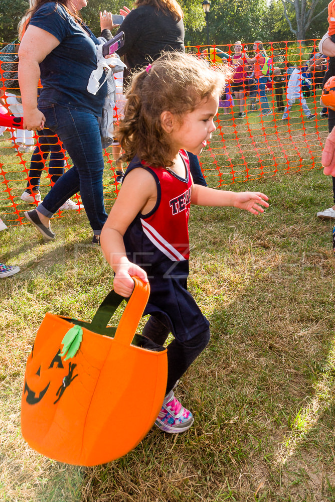 1799-CItyBellaire-PumpkinHunt-2019-067.NEF  Houston Commercial Architectural Photographer Dee Zunker