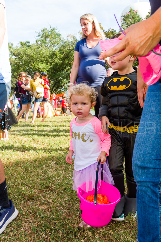 1799-CItyBellaire-PumpkinHunt-2019-069.NEF  Houston Commercial Architectural Photographer Dee Zunker