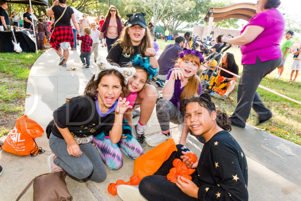 1799-CItyBellaire-PumpkinHunt-2019-077.NEF  Houston Commercial Architectural Photographer Dee Zunker