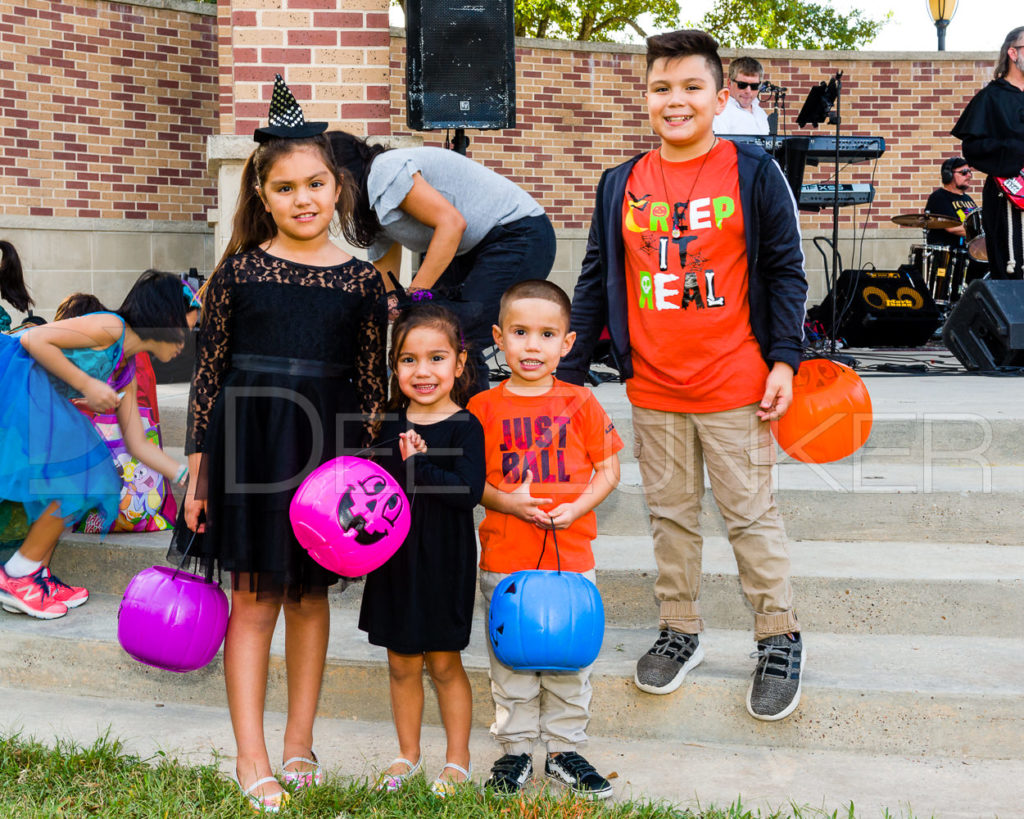 1799-CItyBellaire-PumpkinHunt-2019-085.NEF  Houston Commercial Architectural Photographer Dee Zunker