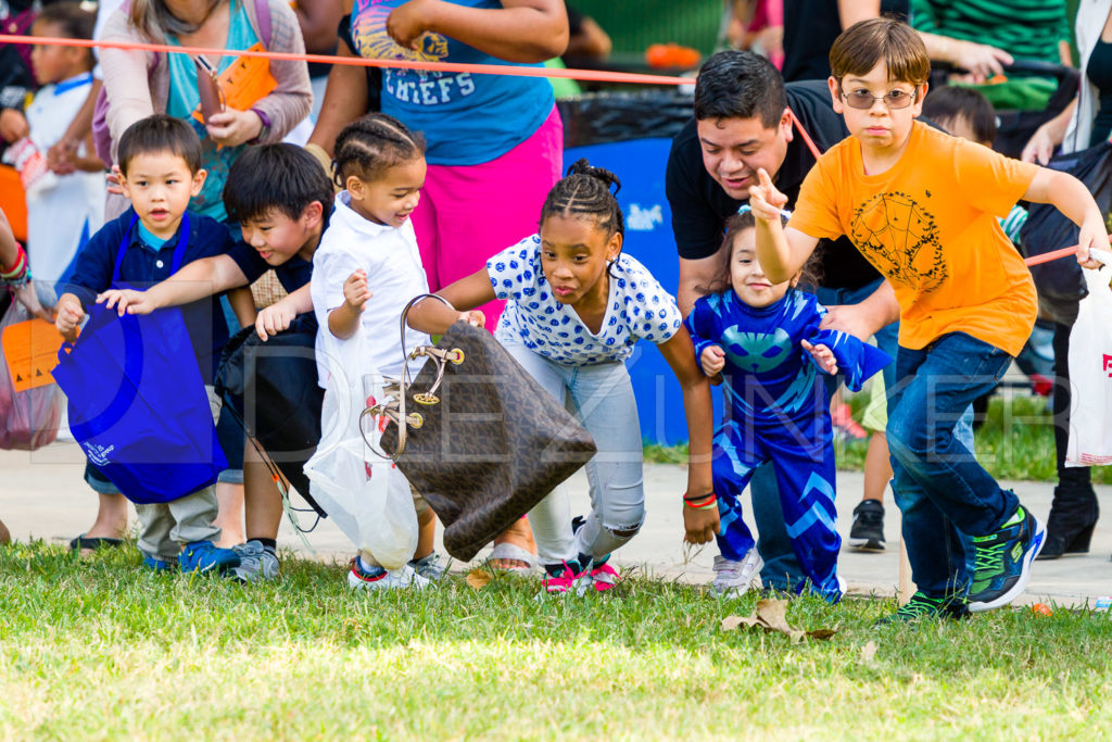 1799-CItyBellaire-PumpkinHunt-2019-095.NEF  Houston Commercial Architectural Photographer Dee Zunker